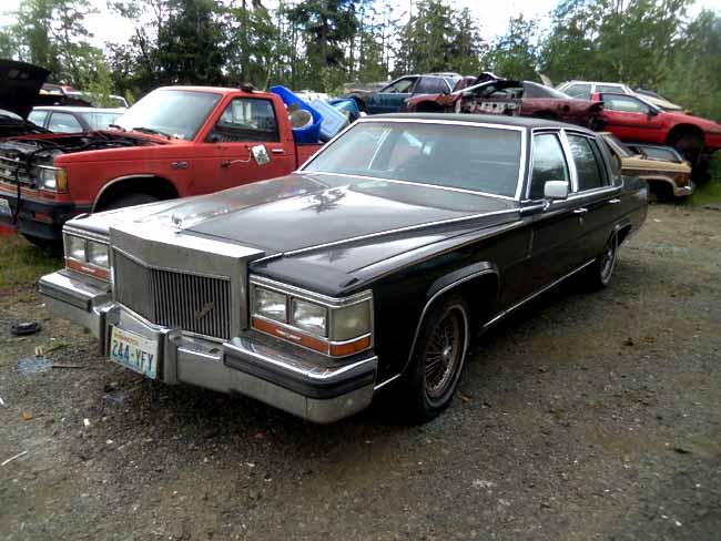 1987_Cadillac_Fleetwood_Brougham_02
